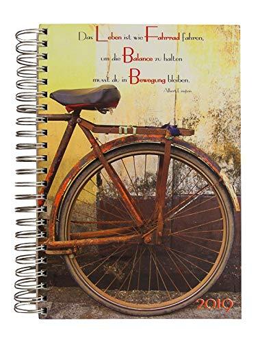 """Dicker Tagebuch Kalender 2019 """"Das Leben Ist Wie Fahrrad Fahren, Um Die Balance Zu Halten Musst Du In Bewegung Bleiben"""" (Albert Einstein) Pro Tag Eine A4 Seite"""