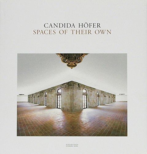 candida-hofer-spaces-of-their-own-on-the-road-to-santiago-de-compostela