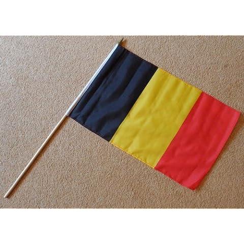 Belgio Bandiera A Mano, grande–Maniche Poliestere Bandiera su Stick 0,6m (Belgio Flag Patch)