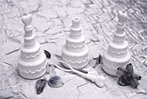 24 White Wedding Cake Bubble Favours - NEW