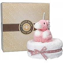 Mambocat Handtuchtorte Warmies, 2-tlg. Set: Wärmetierchen rosa mit natürlicher Hirse-Lavendel-Füllung + großes Badetuch im Tortenkarton