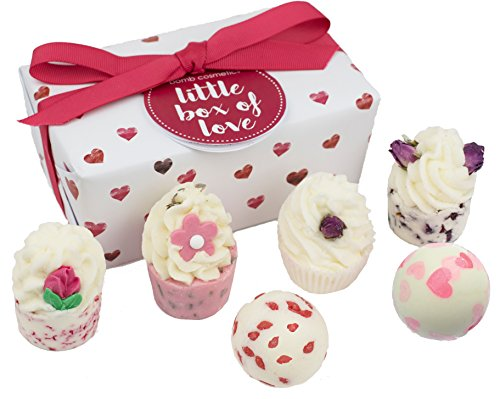 Bomb Cosmetics Little Box of Love Handmade Bath Melts Ballotin Gift Pack