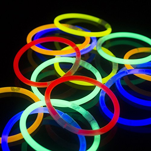 fun-central-as406-8-glowsticks-glow-stick-bracelets-assorted-colors-tube-of-100