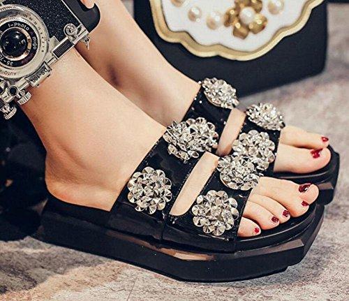GLTER Femmes Sandales plates Thick Bottom Muffin demi-pantoufles Summer Slip-On pantoufles en cuir verni un type fleurs plage chaussures de piscine Noir Vert Black