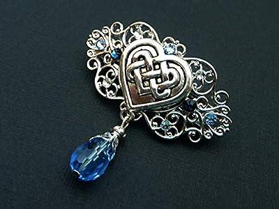 Petite pince à cheveux avec motif de coeur et noeud celtique