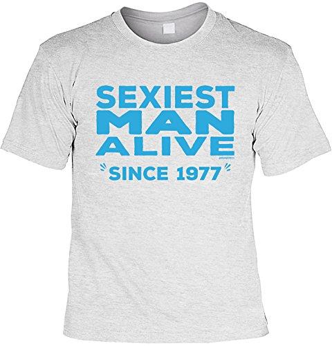 Cooles T Shirt Zum 40. Geburtstag Sexiest Man Alive Since 1977 Geschenk 40  Geburtstag