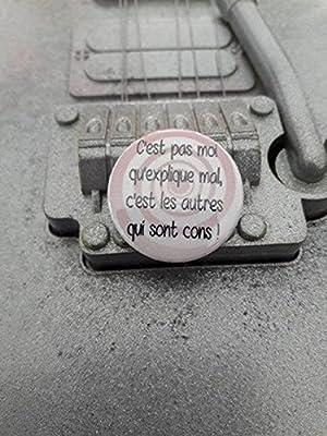 Badge C'est pas Moi qu'explique mal