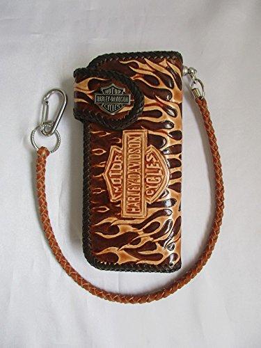 Wird am nächsten Tag versand!Harley Davidson exklusive Bikerbörse aus robustem sehr dicken Leder handgenäht punzierte(geprägte) Lederarbeit.Mit HD Logo aus Metall als Schliessknopf.Neu 20 cm x 10 cm x 2 cm mit exclusiver Bügelösenhalterug für die Börsensicherungskette inkl.Börsenkette aus Leder.8 x Scheckkartenfach 2 x Geldscheinfach 1 x Reisverschlussfach für Münzen (Wallet Chain Logo)