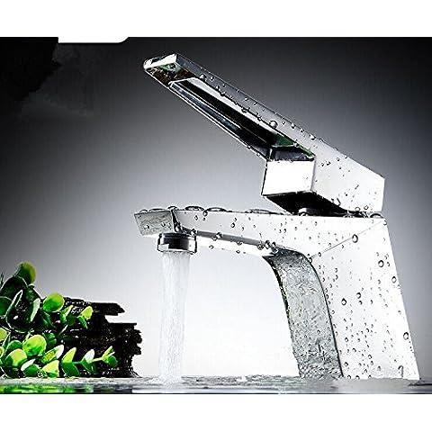 CAC Stile bagno diffusa cascata di ottone