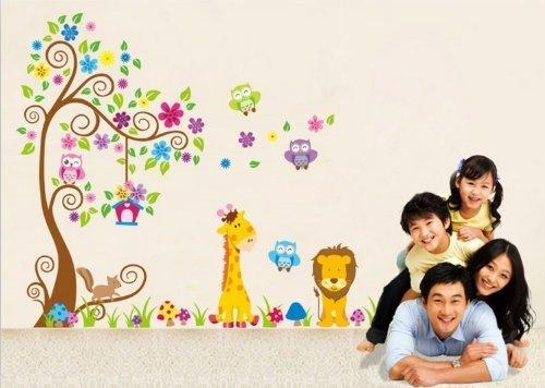 Jungle Zoo: Búho en árbol con la jirafa y el león entre los niños para los niños