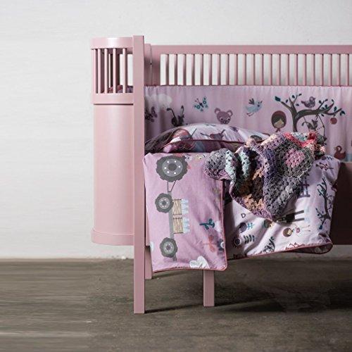 *Sebra Designer Babybett in märchenhaftem Rosa aus stabilem Birkenholz, mitwachsend als Gitterbett bis Kinderbett dank höhenverstellbarer Liegefläche, geeignet ab Geburt bis 6 Jahre*