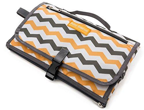 Bebé Booboo portátil cambiador con almohada Pad, impermeable, firma Premium diseño de Chevron, perfecto cambiar estación para cambiar pañales de viaje