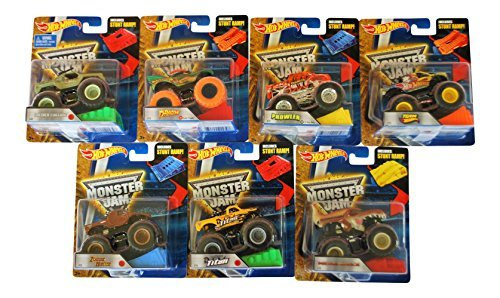 Monster-truck-bundle (Hot Wheels Monster Jam Stunt Ramp Bundle - 7 Trucks by HW)