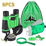 VGEBY 6pcs Fernglas Set für Kids–Kinder Fernglas, Handkurbel Taschenlampe, Kompass, Lupe, Pfeife, und Kordelzug Rucksack, Exploration Spielzeug Kit für Camping und Wandern (Grün)