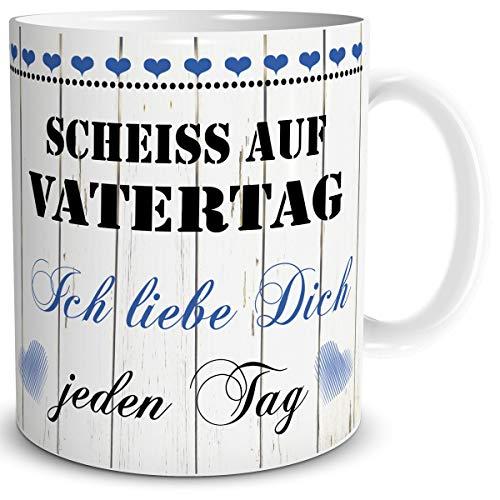 TRIOSK Tasse Scheiß auf Vatertag mit Spruch Ich Liebe Dich Geschenk für den liebsten Papa zum Geburtstag
