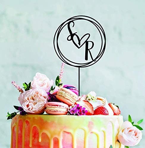 Kleine personalisierbare Herz-Initialen Nachname Holz Gold Schwarz Acryl Kuchen Topper Brautparty Geschenk Custom Cake Toppers Hochzeit Dekoration Geschenk für die Braut