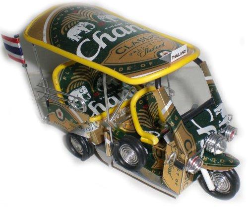 tuk-tuk-taxi-la-main-en-thalande-peut-chang-beer-neuf