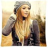 NR Chris G Dodge Top Amanda Seyfried Golden Hair - Personalized Cotton Pillow Cushion Case?Size:26 * 26 inch?