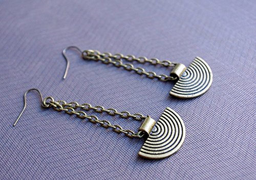 boucle-doreille-ethnique-couleur-bronze-pendantes-metalliques-bijou-style-amerindiens-inca-maya-azte