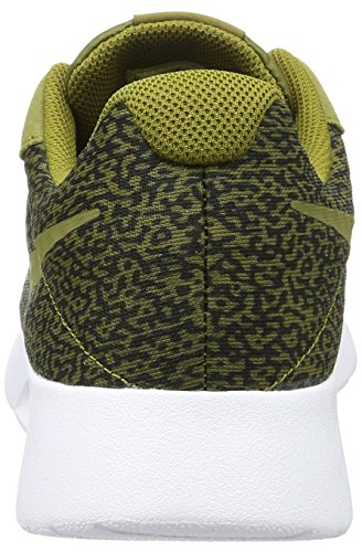 Nike Tanjun Print, Scarpe da Corsa Uomo Verde (Verde (olive flak/olive flak-black-white))