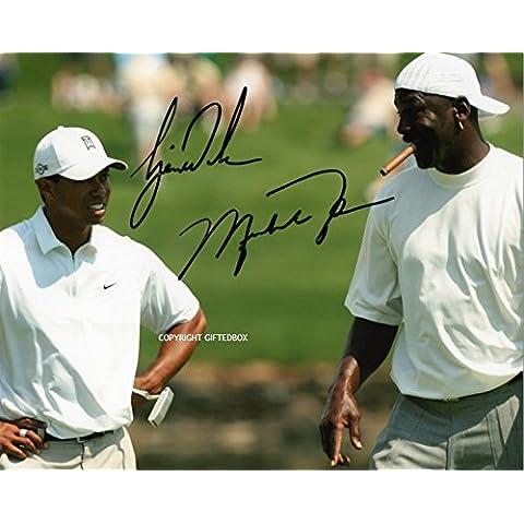 Giftedbox - Foto autografata da Tiger Woods e Michael Jordan sui campi da golf, con certificato di autenticità della firma, edizione limitata