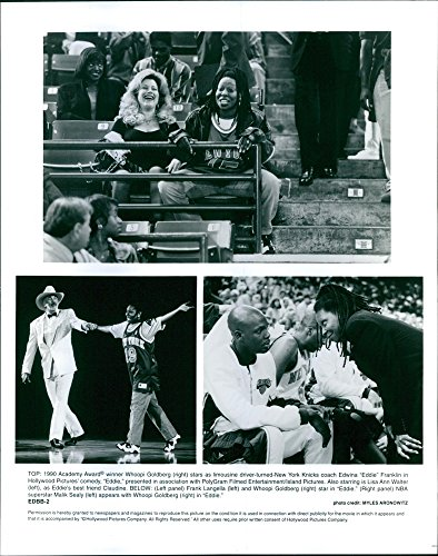 vintage-photo-of-whoopi-goldberg-lisa-ann-walter-frank-langella-and-malik-sealy-star-in-a-1996-comed