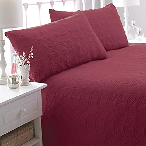 Leaf Pattern Double Bed Spread With Two Pillow Shams Bedding