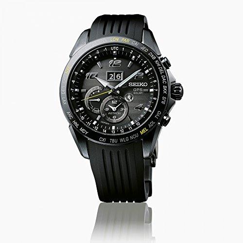 Seiko Herren Analog Solar Uhr mit Silikon Armband SSE143J1