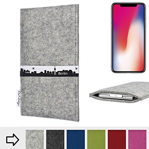 flat.design Filztasche SKYLINE mit Webband Berlin für Apple iPhone X - Maßanfertigung der Filz schutzhülle aus 100% Wollfilz (anthrazit) - Case im Slim fit Design für Apple iPhone X hellgrau