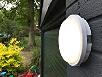 LightHub 15W 4000K LED IP65 Outdoor Wall Surface Flush Mounted Round Dome Bulkhead Light Fitting for Garden, Garage, Shed, Workshop, Porch - White by LightHub