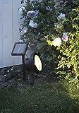 Premium - Zauberhaftes LED SOLAR SPOTLIGHT zur effektvollen Beleuchtung von Bäumen, Büschen, Sträuchern, Teichen oder anderen Objekten im Garten - hohe Leuchtkraft mit 30 LUMEN - LED Strahler mit 4 warm weissen LED sorgen für helle Ausleuchtung - Größe ca. 22 cm x 15 cm - in schwarz - mit integriertem SOLARPANEL - bereits inklusive : AKKU - Solar - Panel - Solar Energy - inklusive Erdspieß - für den Außen - Bereich geeignet - OUTDOOR - aus dem KAMACA - SHOP