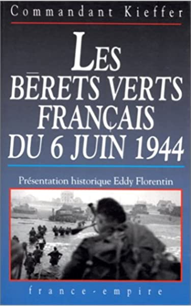 France 1944 Photo WW2 Brancardage d/'un Béret Vert de Kieffer