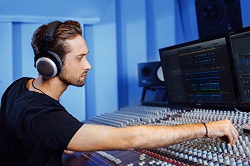 beyerdynamic DT 880 PRO Over-Ear-Studiokopfhörer in schwarz. Halboffene Bauweise, kabelgebunden - 5