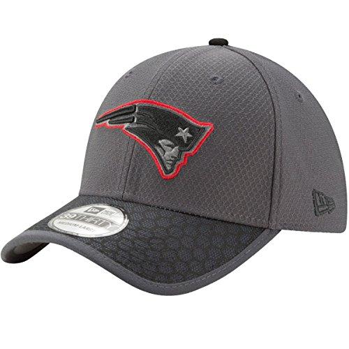 New England Patriots New Era NFL 39THIRTY 2017 Sideline Graphite Flex Fit Hat Hut Flex Hut
