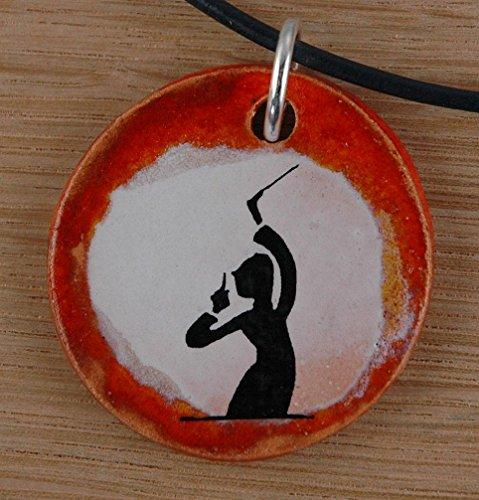 Echtes Kunsthandwerk: Toller Keramik Anhänger mit einem Dirigenten; Musik, Noten, Konzert, Oper, Chor
