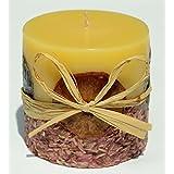 Vela perfumada naranja Lavanda con aceites esenciales naturales. Altura 8,5cm, diámetro 8,5cm.