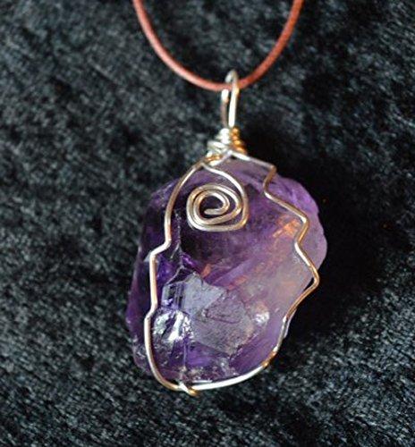 Amethyst Kristall Anhänger Draht gewickelt raw Crystal auf einstellbaren Kordel für Reiki und Chakra Heilung (Crystal Gewickelt-anhänger)