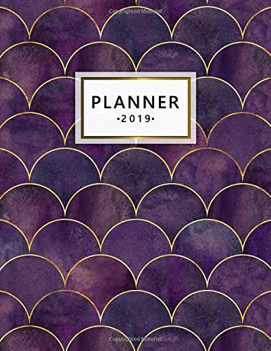 2019 Planner: Cute Dark Purple Pink Mermaid Scale Daily and Weekly 2019 Planner. Pretty Gold Lined Yearly Monthly Organizer, Agenda, Journal and Notebook. di Nifty Planners