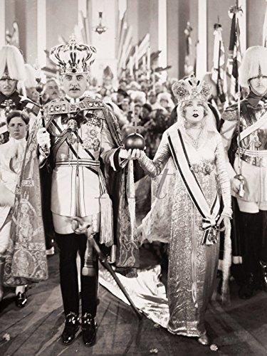 elbstklebend aus Vliesstoff oder Vinyl-Folie Filmszene Die lustige Witwe, 1925 Film & TV Stars Fotografie Schwarz/Weiß C4WH ()