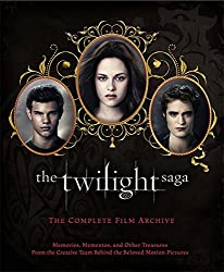 The Twilight Saga: The Complete Film Archive: Memories, Mementos, and Other Treasures from the Creative Team Behind the Beloved Movie Series by Robert Abele (2012-10-16)