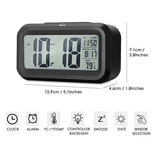 INLIFE LED Digital Alarma Despertador Gran Pantalla LCD Despertador Ideal para Viaje con Función de Repetición Retroiluminación Inteligente con Tiempo Fecha Temperaruea