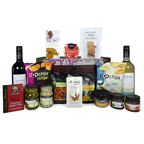 Versare Wine & Delicious Food Nibbles Hamper presented in our 'Around the World' Decorative Chest - Perfect for Christmas Hampers, Birthday, Corporate and Thank You Gifts