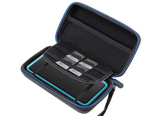 New Nintendo 2DS XL Hülle, Supremery Cas de voyage Poche (mince version) avec poche en filet et fermeture éclair - hydrofuge en noir-bleu