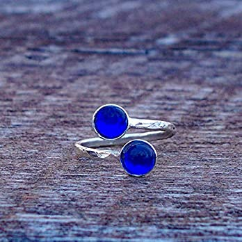 Bottled Up Designs Recycelter Jahrgang 1960 Kobalt Haut Creme Jar gehämmert Sterling Silber Bypass Ring