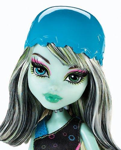 Imagen 2 de Monster High - Muñeca, Monstruopatinadora Frankie (Mattel X3672)
