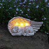 Geschmackvoll und liebevoll gestalteter Gedenkstein mit solarbetriebener LED Beleuchtung – inkl. Akkus, integrierten Solarpaneelen und Dämmerungsschalter, von Festive Lights (Engelsflügel mit Hund)