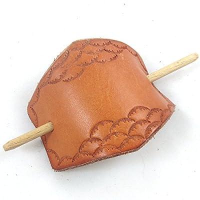 barrette à cheveux en cuir martelé motif dentelle écaillée, fabrication artisanale made in France par LE CUIR BUISSONNIER