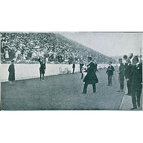People in sport stadium, spectators looking at Major Genral Viktor Balck and company.