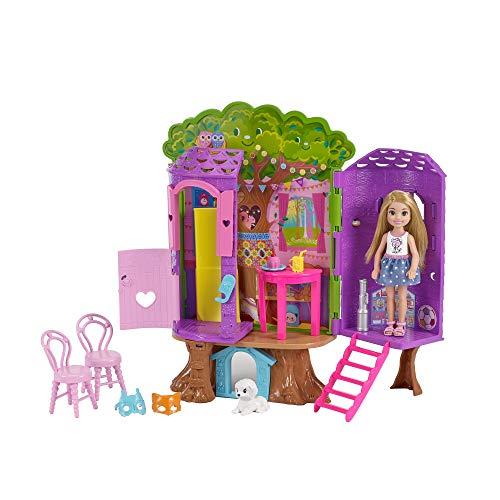 Barbie FPF83 Chelsea Baumhaus Spielset und Puppe, ()