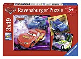 Ravensburger 09305 - Puzzle Enfant Classique - Cars 2 - Sur la Piste de Course - 3 x 49 Pièces